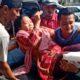 Mau Beli Kerupuk di Ketapang Probolinggo, Putri Sulung Gus Dur Terjatuh, Kaki Retak