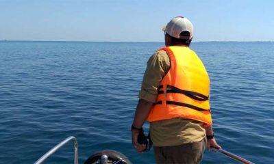 tim Polairud Polres Probolinggo saat melakukan penyisiran di perairan laut Probolinggo