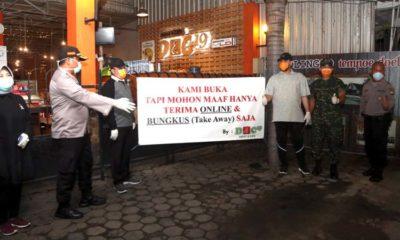 Walikota dan wakil walikota bersama Polres Probolinggo Kota dan Kodim 0820 lakukan sweeping ke tempat keramaian (pix)