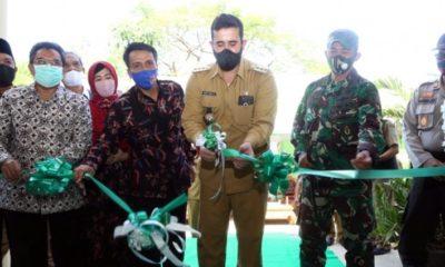 Launching itu ditandai dengan penandatanganan prasasti dan pengguntingan pita oleh walikota didampingi owner Homestay Syariah Kopian Indah, Anshori dan Dandim