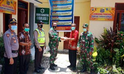 Kegiatan pembagian Sembako dilakukan di Pendopo Desa Pendil Kecamatan Banyuanyar Kabupaten Probolinggo